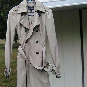 Woman's Express Raincoat
